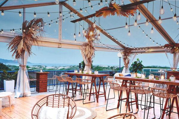 Surf Club Restaurant & Bar